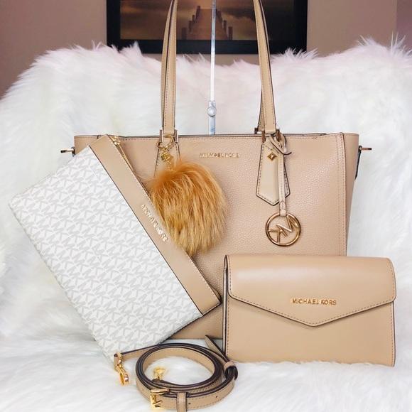 0e4a7e8d6 Michael Kors Bags | Kimberly 3 In 1 Tote Charm Set | Poshmark
